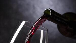 conoces-los-distintos-tipos-de-alcohol-que-tiene-un-vino-1920